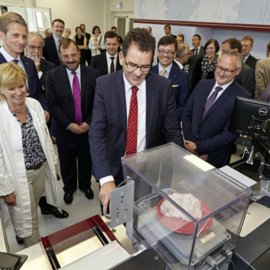 German minister opens new, state of the art cotton testing laborator